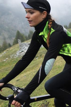 Cafe Du Cycliste  카페 뒤 사이클리스트 Women  039 s Yolande Merino Jersey 6ed5b077c